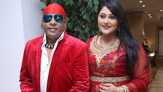 Drums Sivamani and his wife Runa Rizvi rock the stage together