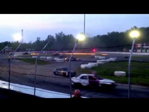 The knights of destruction tour of destruction Live at lake county speedway skid plate racing