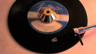 PATTI HAMILTON - THE WAY YOU TREAT ME BABY ( LOVELITE 03 )