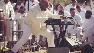 Kanye West Sunday Service *Jesus Walks*