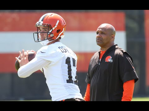 Terry Pluto is talking Cleveland Browns and quarterbacks