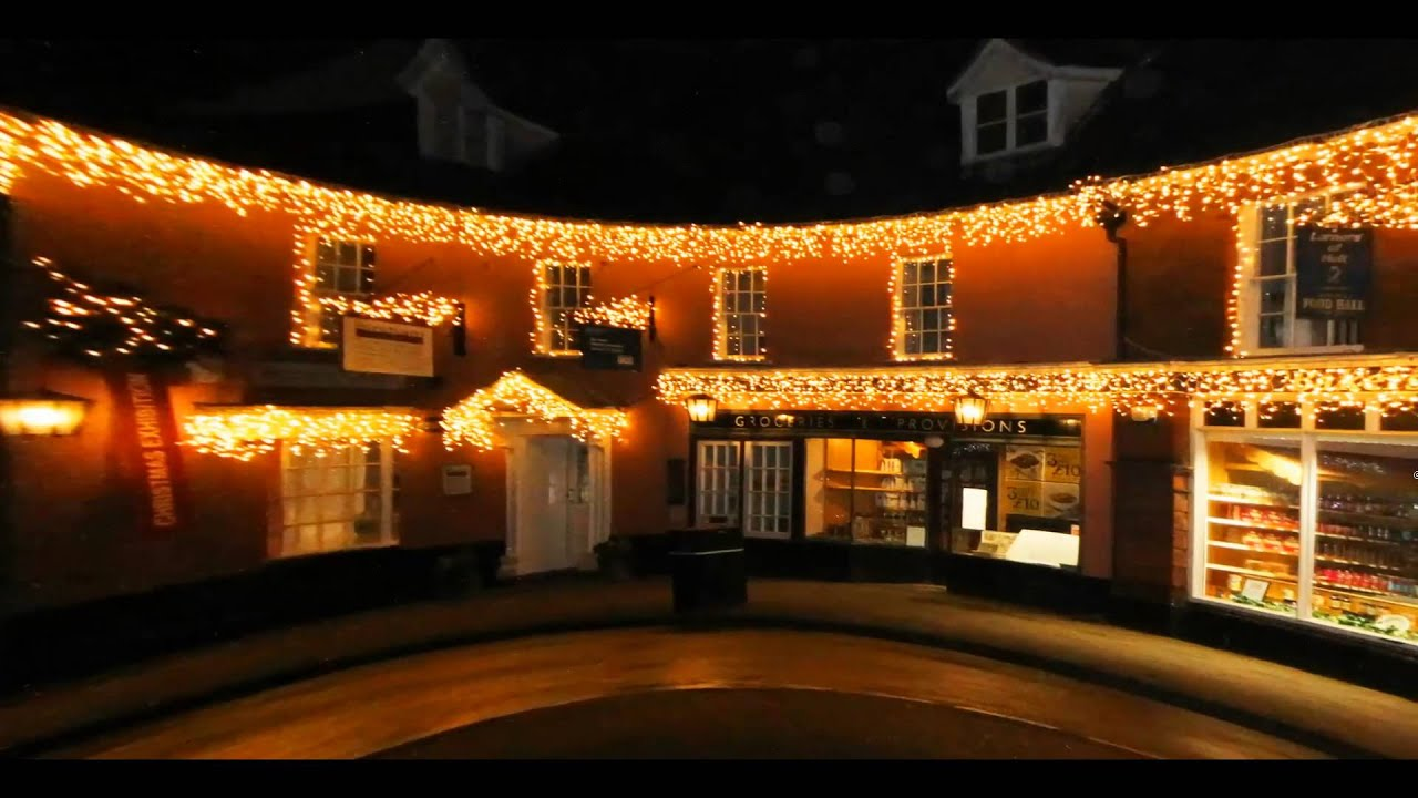 Holt Christmas Lights - YouTube