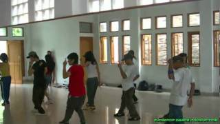 Video FlowpopCrewz_Dance Audition _ Briptu Norman - Cinta Gila download MP3, 3GP, MP4, WEBM, AVI, FLV Oktober 2017