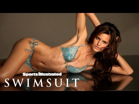 Izabel Goulart Takes On Body Painting For The First Time | Sports Illustrated Swimsuit