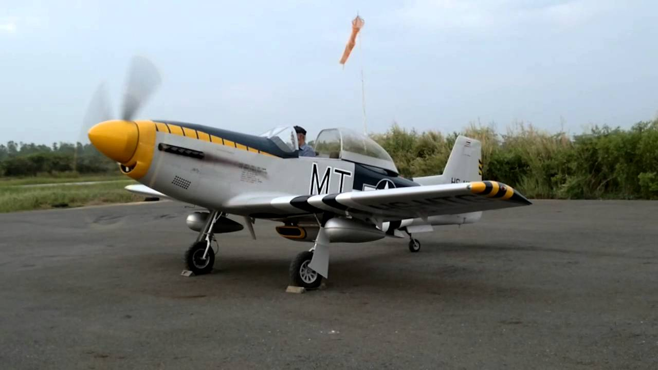 Our mustang t 51 aircraft engine start and run up youtube for Aircraft motors for sale