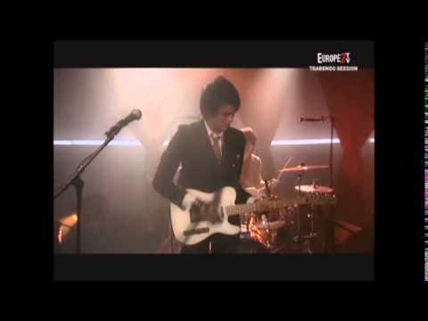 """Naast : concert """"Antichambre"""" (36 mn) le 19 février 2007 au Trabendo (Paris) + interview (18 mn)."""