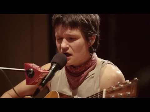 big-thief-mythological-beauty-live-on-the-current-the-current