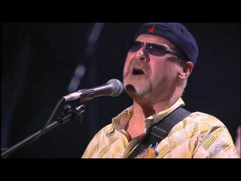 Paul Carrack & Mike Rutherford  While My Guitar Gently Weeps The Strat Pack