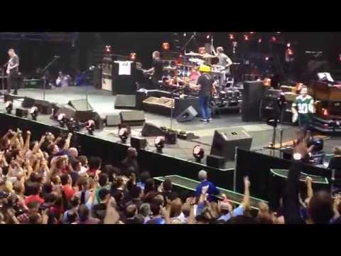 Pearl Jam, Milwaukee, WI.  Bradley Center 10/20/2014. Fuckin