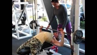Саша Браун тренирует Марьяну Наумову