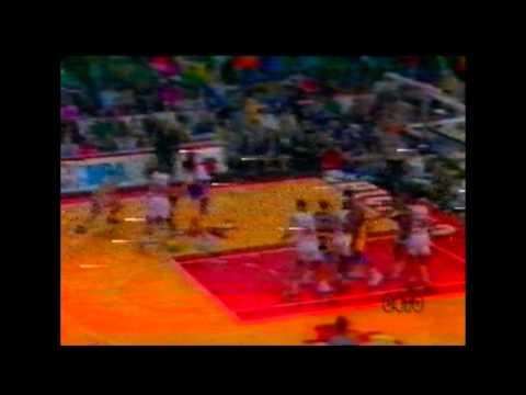 Michael Jordan e John Paxson aniquilam os Lakers 1991 (em Português)