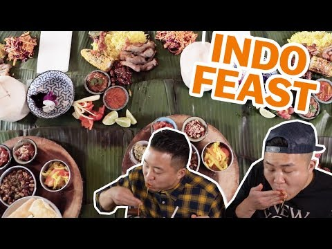 HUGE INDONESIAN FEAST: EAT WITH YOUR HANDS LIWETAN // Fung Bros