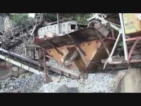 GLIMPSE OF ORDINARY LIFE QUARRY IN THE PHILIPPINES A LOOK WH