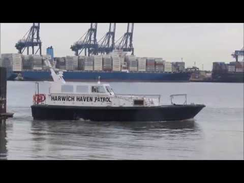 Haven Hobby approaching Shotley Marina 24th November 2017