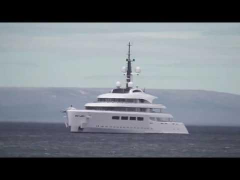 Yate Vava II frente a las costas de Punta Arenas  - Chile 2015 [2]