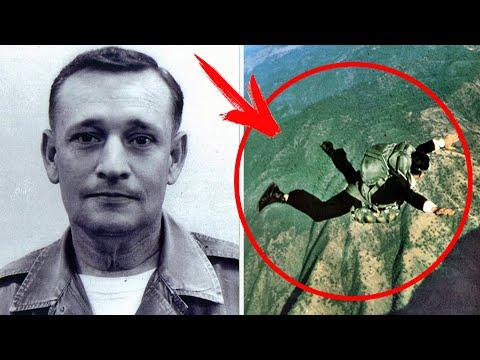Он угнал самолет и выпрыгнул на ходу с чемоданом ДЕНЕГ... 50-лет его имя остается НЕИЗВЕСТНЫМ...