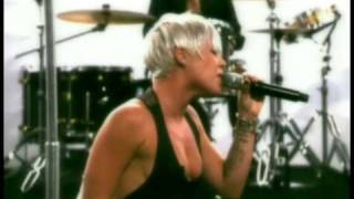P!nk - 'Sober' (Live on Max)