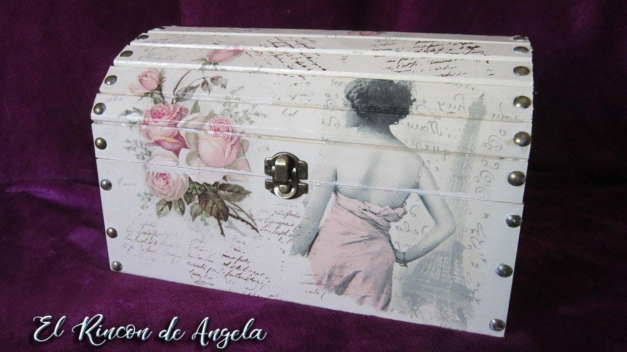 083a37a67 Baul de madera decorado con decoupage y pintura chalk. Diy Manualidades