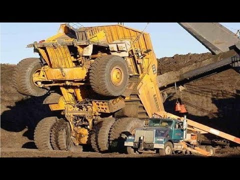 Extreme Dangerous Climbers Dump Truck Bulldozer Operator - Largest Heavy Equipment Machines Monster