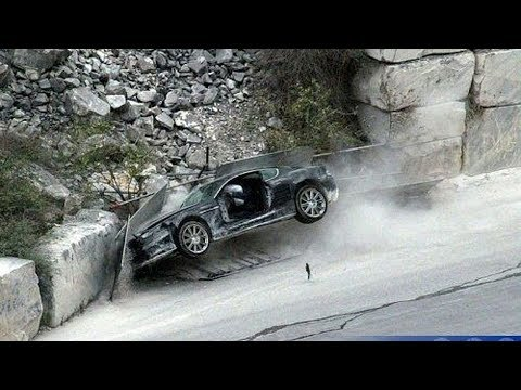 'James Bond Driving Lesson', Like In A Movie Car Crash Compilation