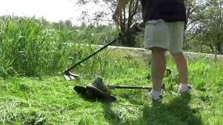 Ryobi 40-Volt  Attachment Capable Cordless String Trimmer review