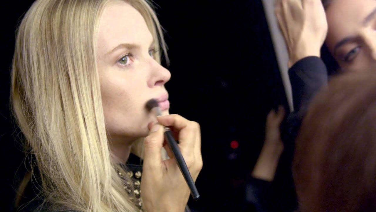 PHILIPP PLEIN Women's Fashion Show Herbst / Winter - Hinter den Kulissen mit Lisa Eldridge