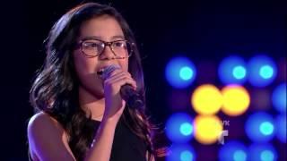 """Italia Perez canta """"Que me vas a dar"""" en La Voz Kids"""