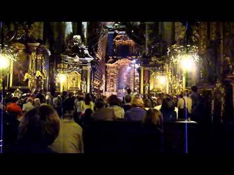 Wisława Szymborska czyta wiersze w Kościele Bożego Ciała w Krakowie maj 2011 from YouTube · Duration:  2 minutes 22 seconds