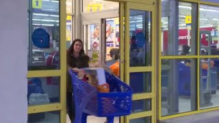 """Why Toys """"R"""" Us is closing 180 stores"""