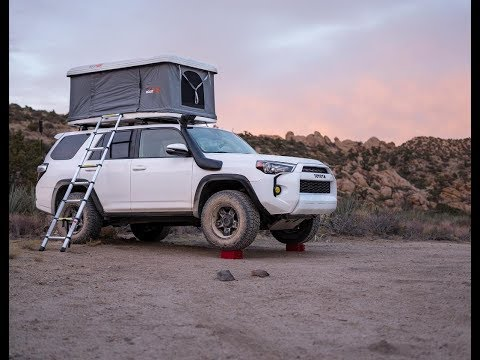 roofnest-sparrow-roof-top-tent-review:-in-the-garage