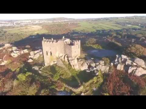 [ARTS & CULTURE] English CASTLE Carn Brea #History drone - ✳️ Simon_Iggy ✳️