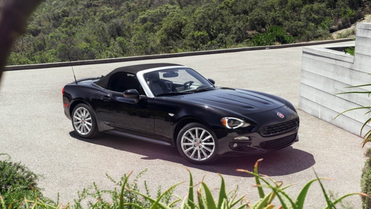 2017 fiat 124 spider prima edizione lusso youtube. Black Bedroom Furniture Sets. Home Design Ideas