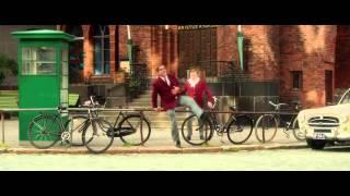 Láska, súdruh! (Mieletön elokuu) oficiálny trailer