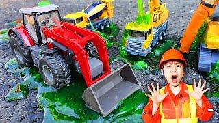 액체 괴물이 나타났어요! 중장비 크레인 불도저 장난감 놀이 Crane Helps Excavator Toys 럭키강이 LuckyKangi