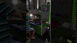 [TAIWANG] C frame injection molding machine with automatic pick-up equipment