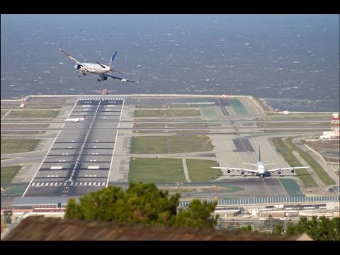 Compilation of San Francisco Airport Very Rare Windy landings on runways 01 30DEC2014