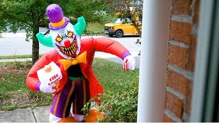 Scary Clown Attacks inside Creepy Inflatable Halloween Decoration!