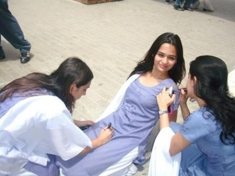 Must Watch...Indian School Girls doing funnny things... @ Be Mad Here.