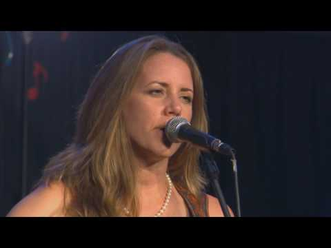 "Jamie Lin Wilson ""Ordinary People"" Live On The Texas Music Scene"