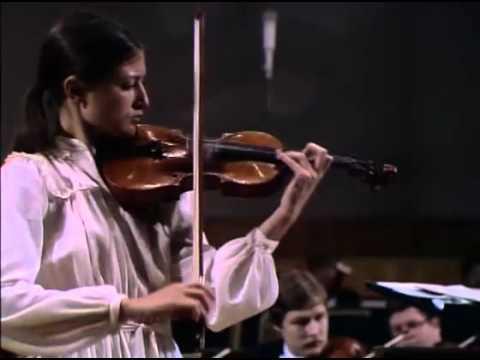 Viktoria Mullova plays Sibelius Violin Concerto in D minor, op.47