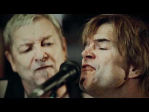 Wölli & Die Band des Jahres (feat. Campino) - »Alles nochmal von vorn«