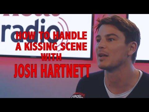 Josh Hartnett tells us how to handle a kissing