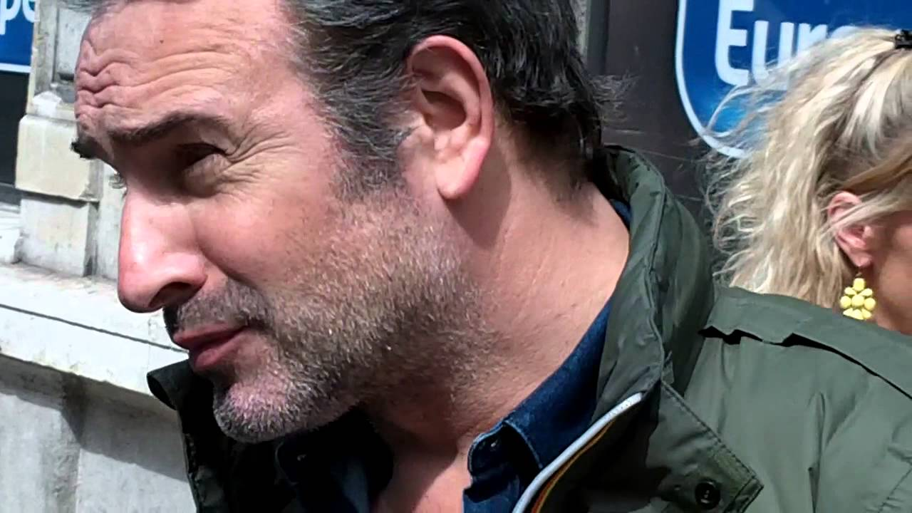 Jean dujardin paris le 21 avril 2016 oscar winner for Jean dujardin 2016