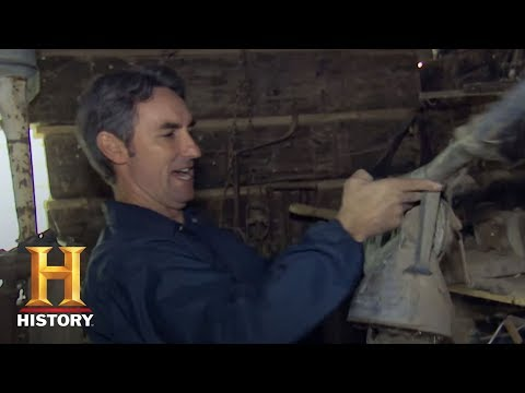 American Pickers: Mike Finds An Antique Sprayer | History