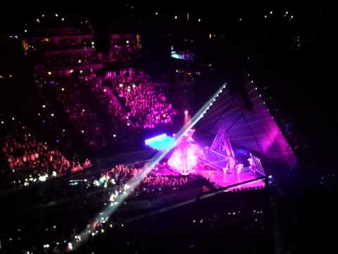 Katy Perry entrance Denver 2014