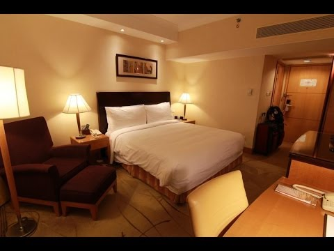 Renaissance Shanghai Yangtze Hotel (China Spree)