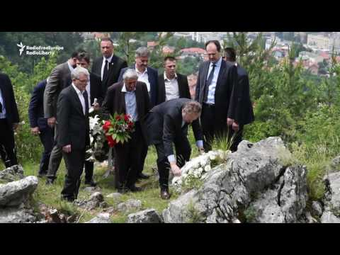 Bosnia's Izetbegovic Honors Serb Victims Of Atrocities