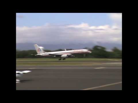 ホノルル空港着陸 Landing Aircraft at Honolulu International Airport Runway 4R