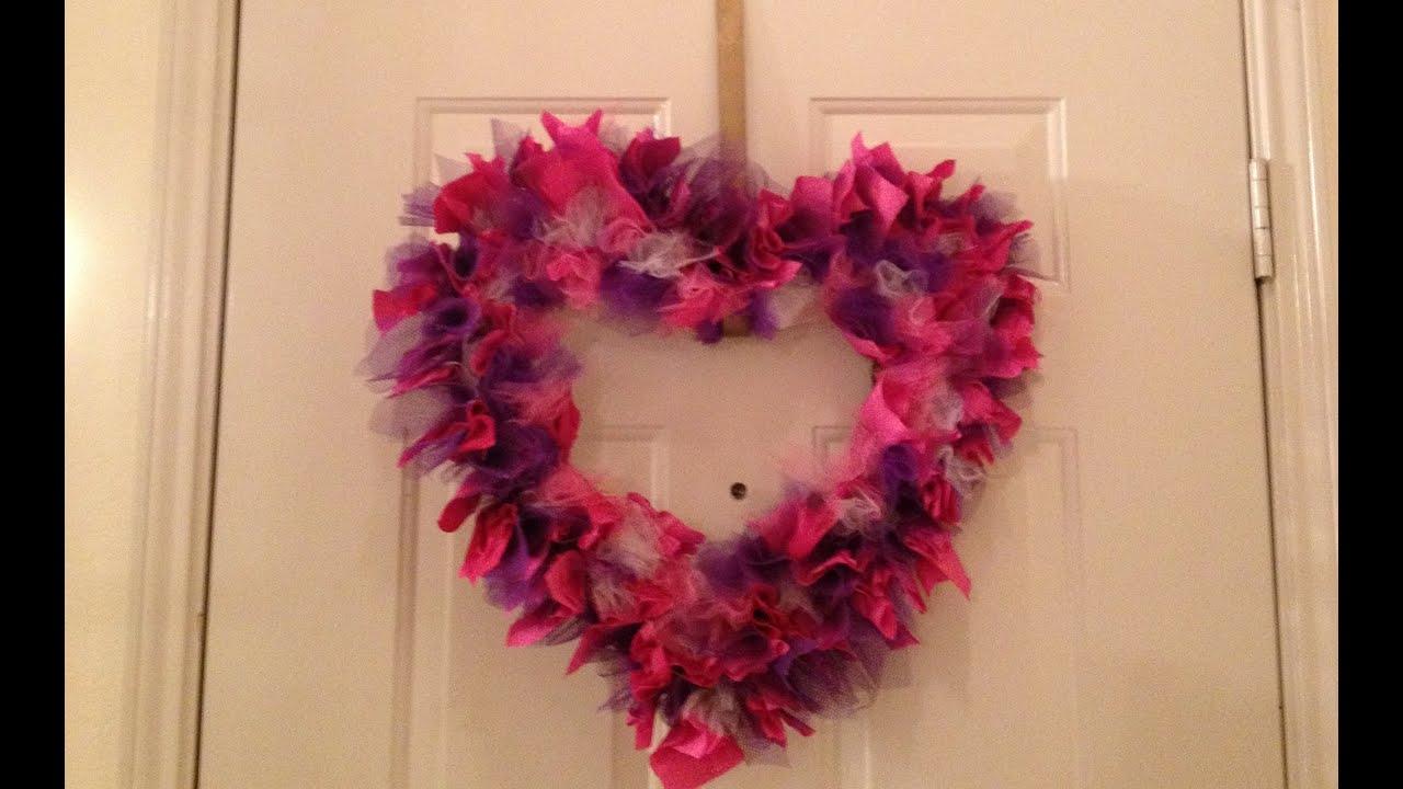 Decora tu casa con una corona de corazon san valentin for Manualidades para decorar la casa