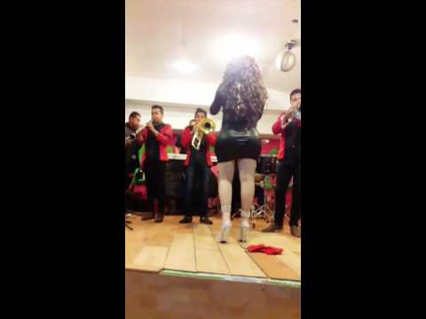 Tifany Espectacular La Diva De La Banda Con Banda!!